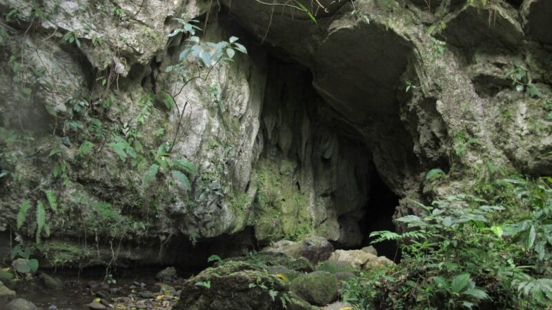 Arenal La Fortuna Venado Caves